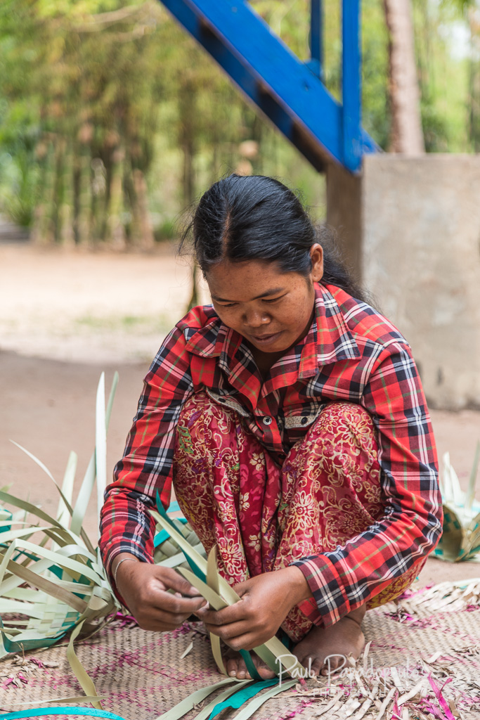 Weaving baskets - Siem Reap, Cambodia