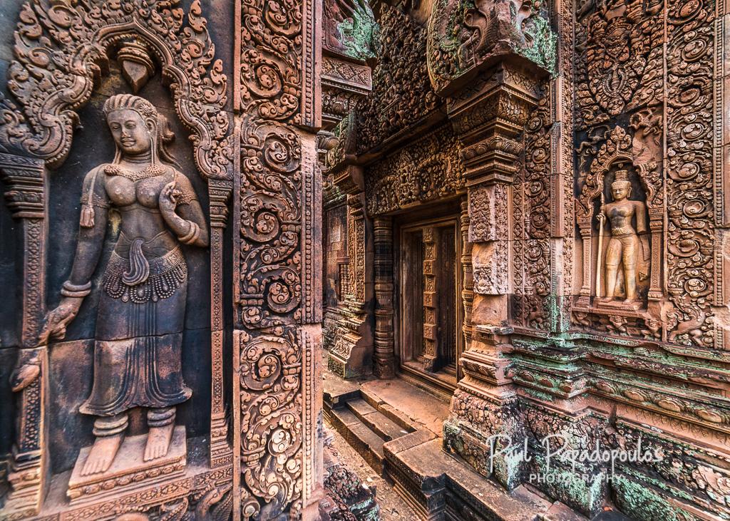 Apsara - Banteay Srei, Cambodia