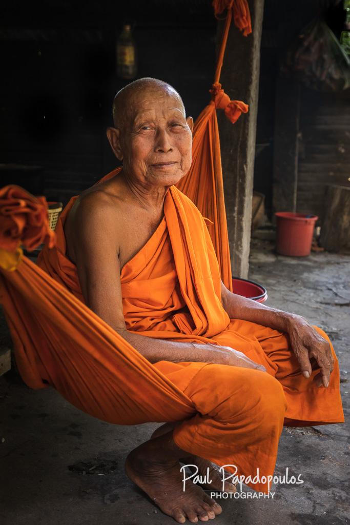 Wise - Wat Damrei, Siem Reap - Cambodia