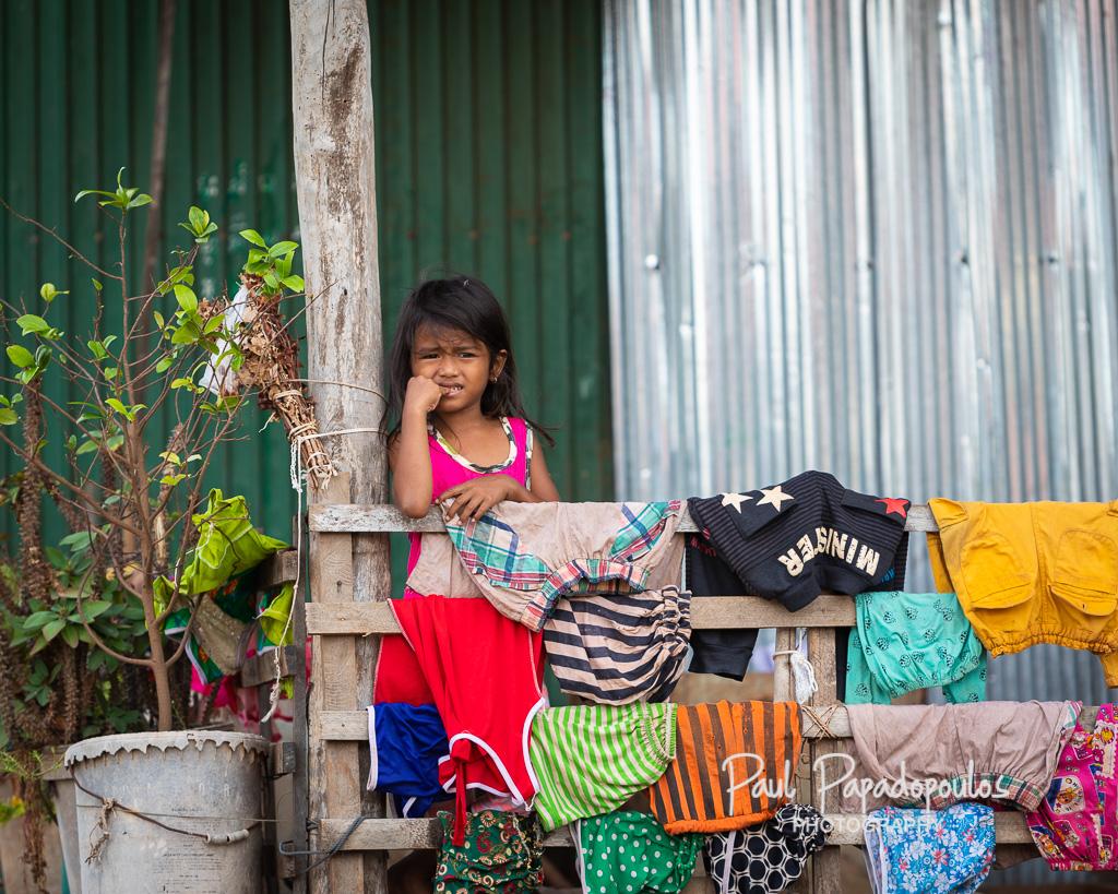 Kids around the Tonle Sap